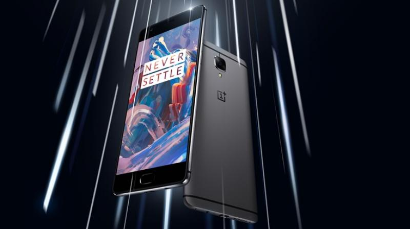 OnePlus Resumes Oxygen OS Update With 3.2.1 Version, Skipping 3.2